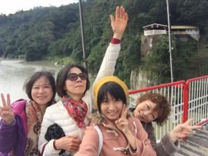 李さんのお姉さん、李さん、姪っ子ちゃんと