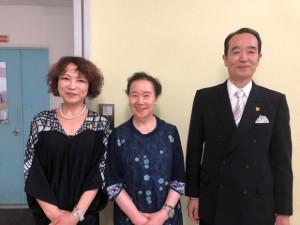 日本獣医中医薬学院の最高顧問国分龍彦先生、千葉県市原市青葉台鍼灸院の石田とく子先生、私