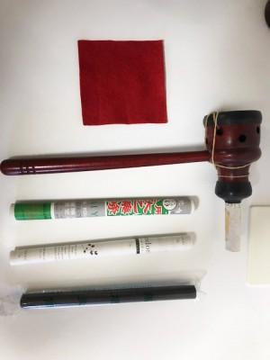 棒灸と棒灸ストッパ―と赤い布